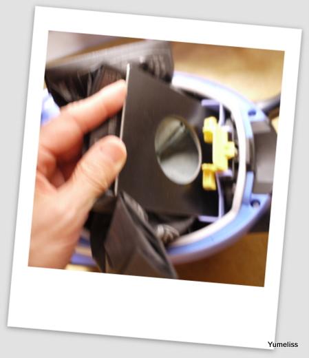 三菱紙パック式小型掃除機096