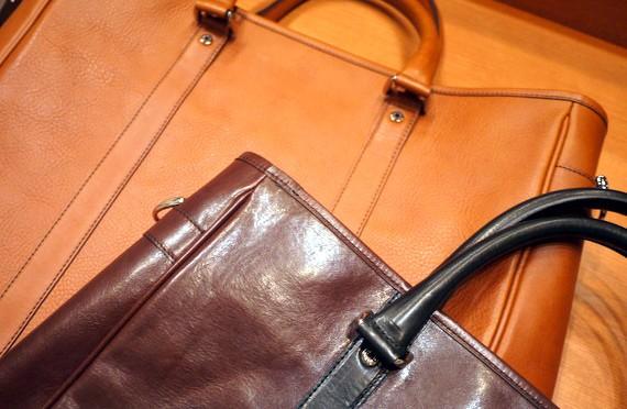 ココマイスター本革ビジネスバッグを徹底比較してました。