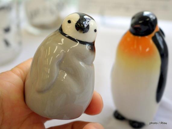 じーっと出番を待つペンギン親子のしょうゆ差し&塩入れ