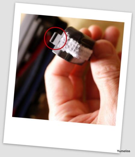 三菱紙パック式小型掃除機82-001