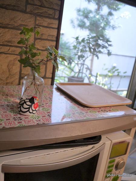 フェリシモ「貼るだけおしゃれ食卓気分テーブルタイルシール」P1170441