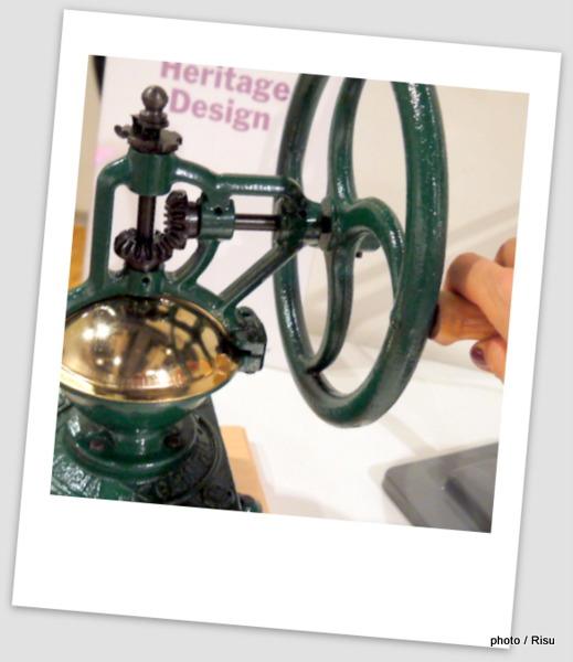 MoMA「Manual Coffee Grinder Exclusive」マニュアル コーヒー グラインダー エクスクルーシブ